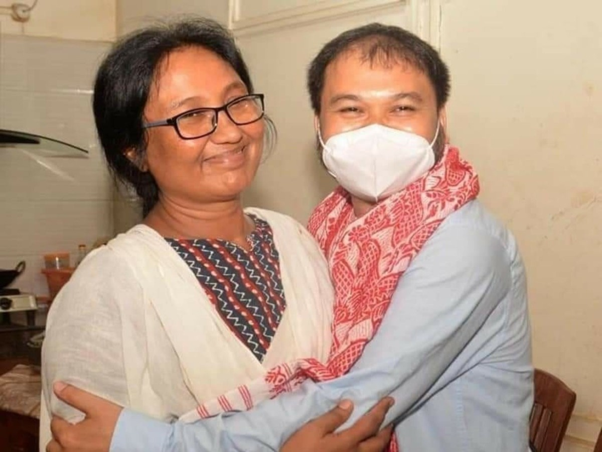Akhil Gogoi walks free as special NIA court clears him of all charges