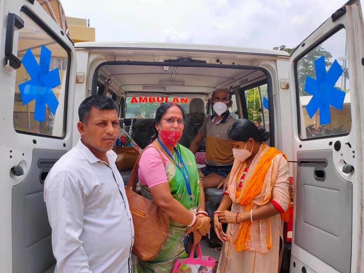 Bangladesh couple returns