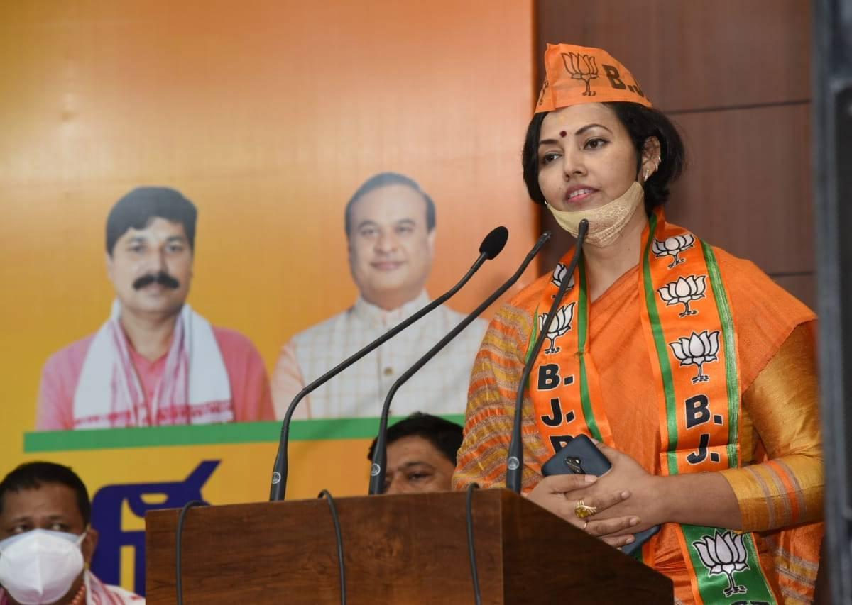 Former Cong leader Jury Sharma Bordoloi joins BJP