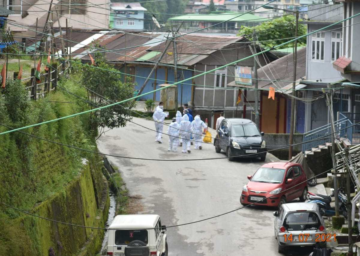 COVID-19 lockdown imposed indefinitely in Pakyong Bazar