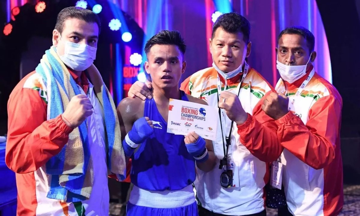 Bishwamitra Chongtham clinches gold in Asian Youth Boxing Championships