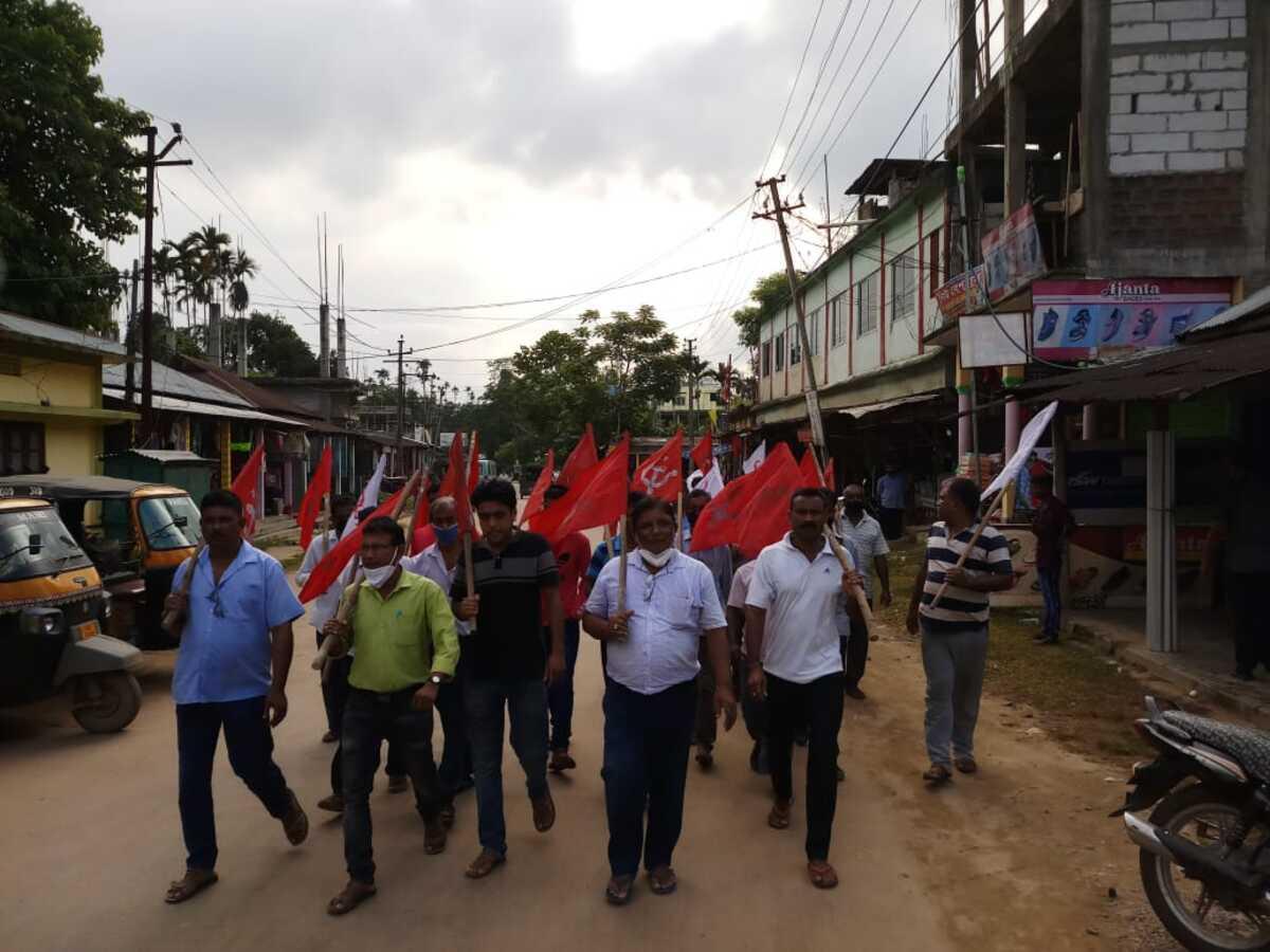 5, including 2 cops, injured in BJP-CPIM clashes in Tripura's Khowai
