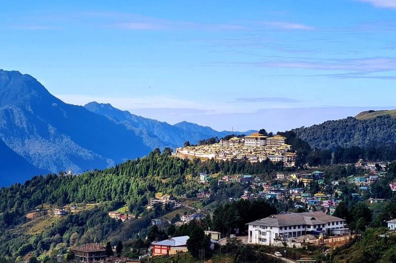 Arunachal CM Pema Khandu okays proposal for 'Toy Train' project in Tawang