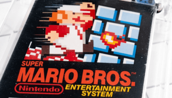 Nintendo's classic game Super Mario Bros sets new record