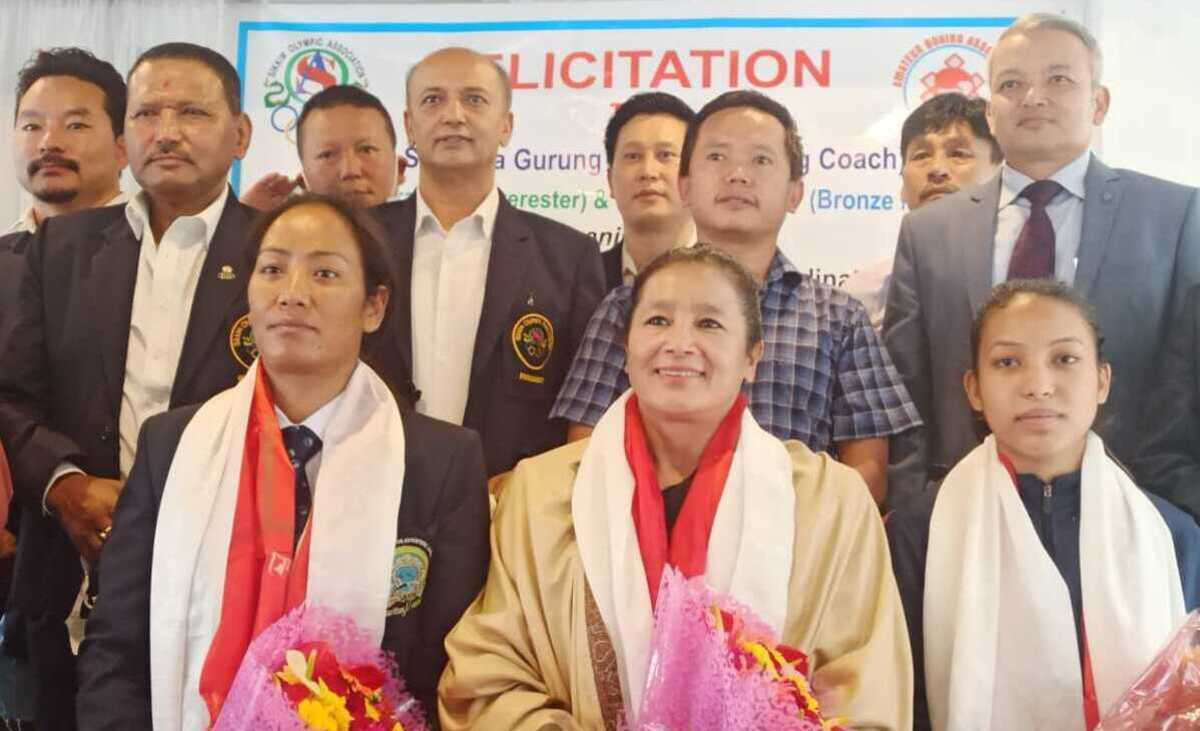Boxer Lovlina's coach Sandhya Gurung, 2 other athletes felicitated in Sikkim
