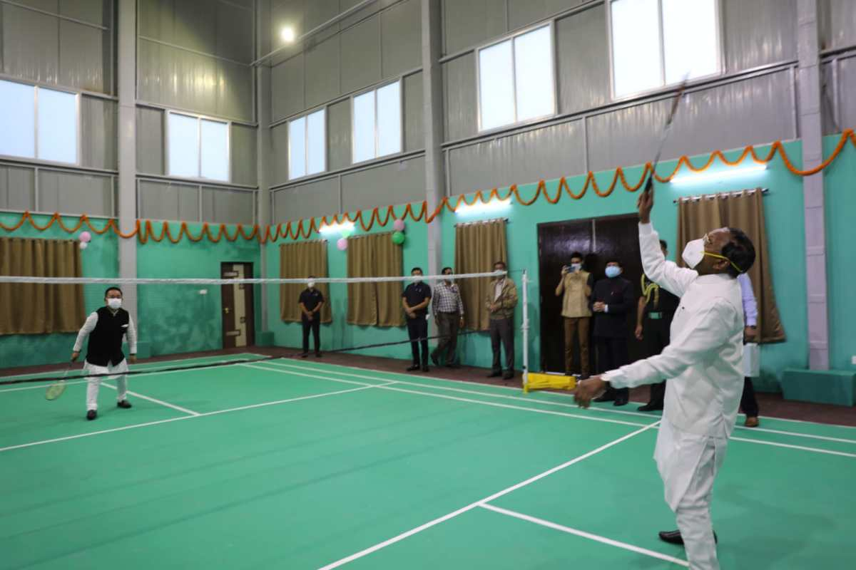 Sikkim governor, CM celebrate Independence Day with friendly badminton game