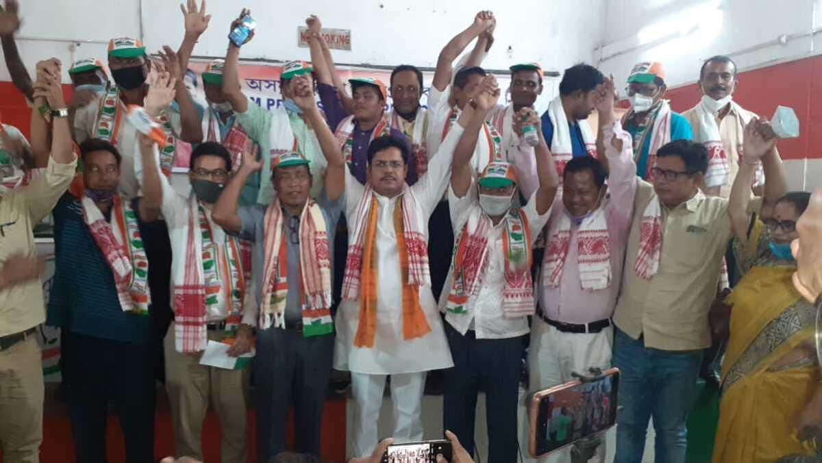 Assam: PJACBM leader Garjan Mushahary, 17 other members join Congress