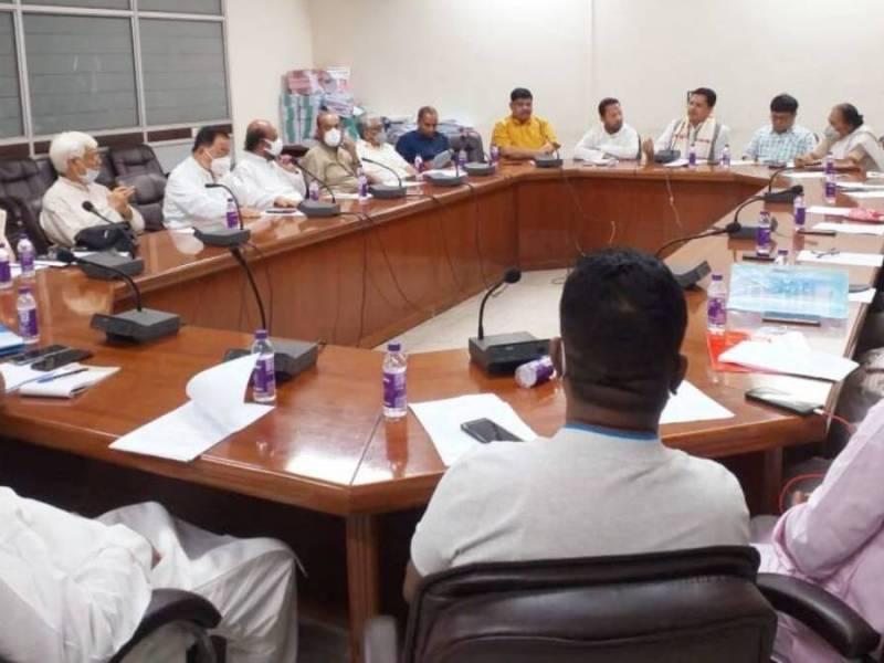 Assam Congress decides to break ties with Ajmal's AIUDF, BPF