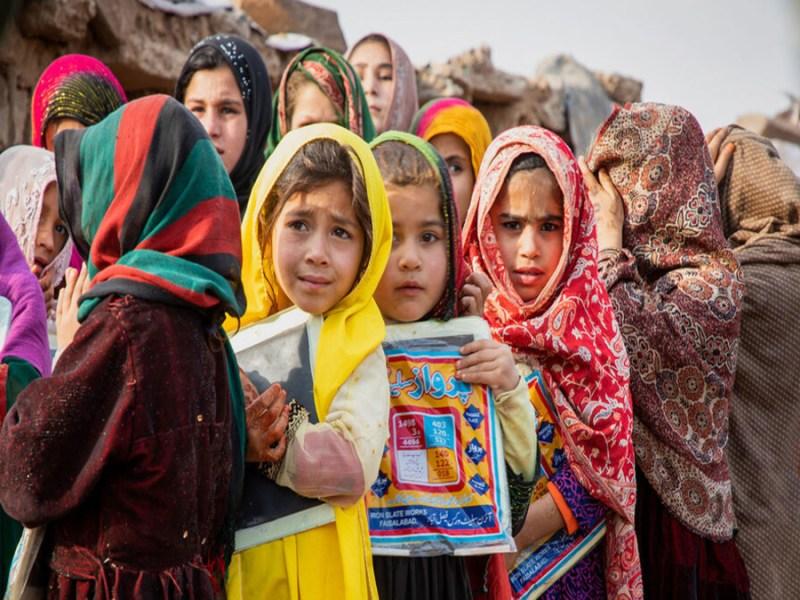 Pak deports over 200 Afghan nationals