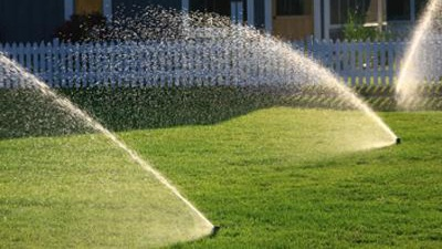 Sprinklers-on-lawn-jpg_20150326171659-159532
