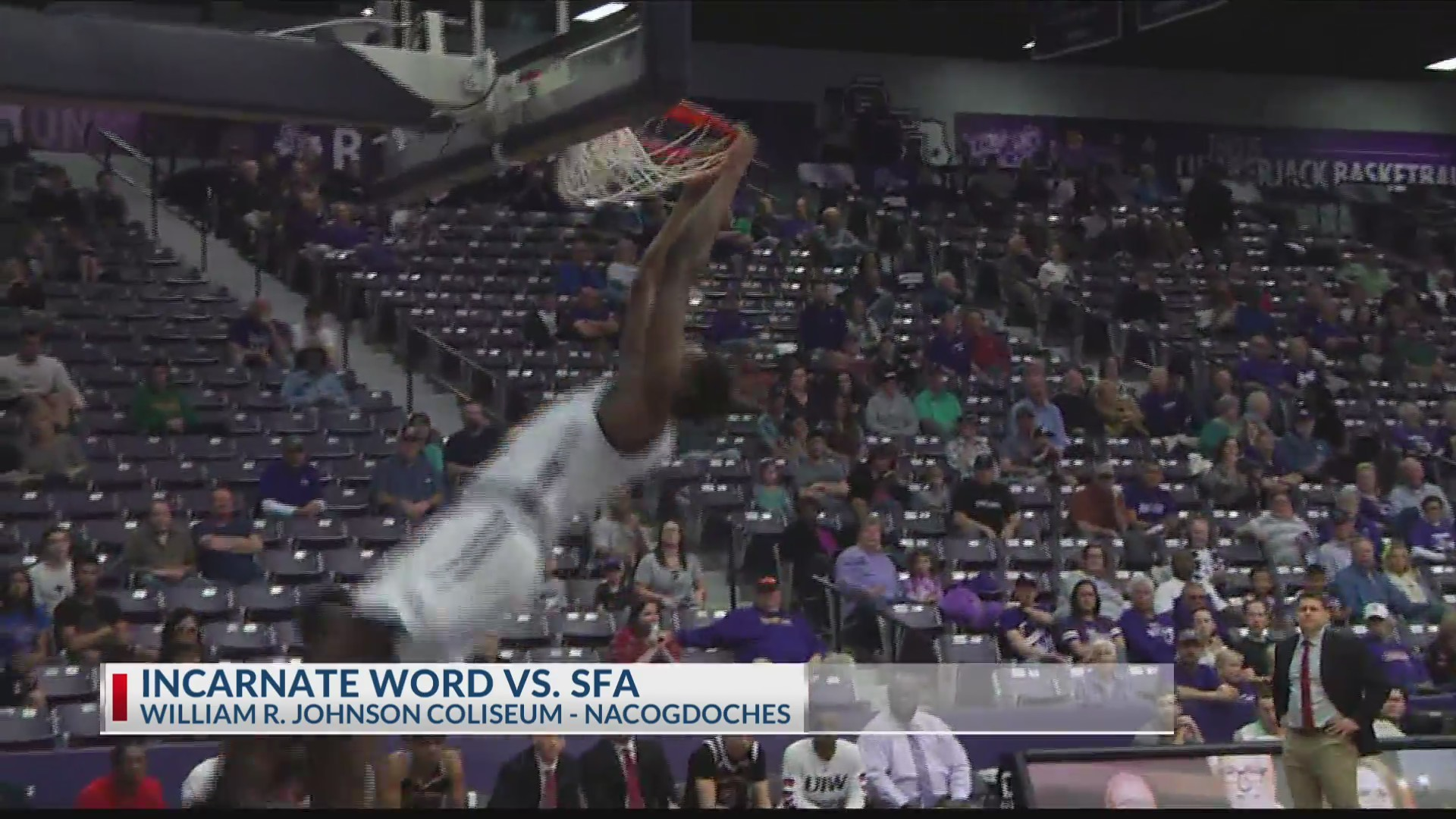 SFA_sweeps_Incarnate_Word_0_20190224043530
