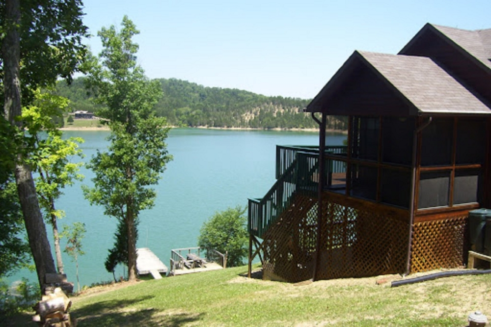 Lake Front Cabin Rentals in Sevierville