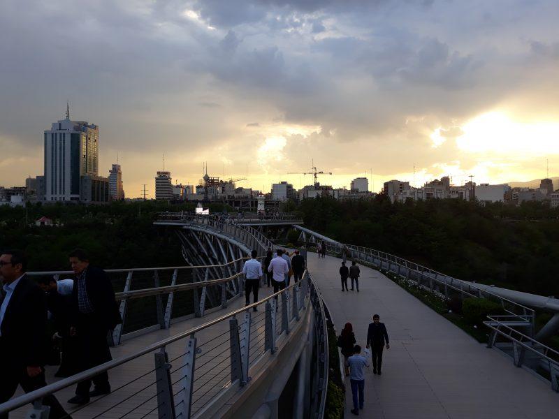 Teheran Tabiat most