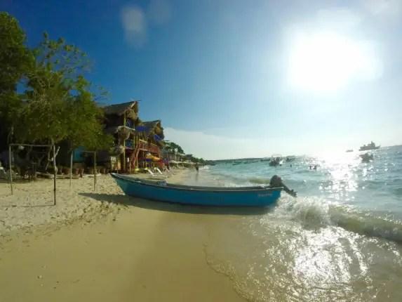 playa blanca 4 days in cartagena colombia