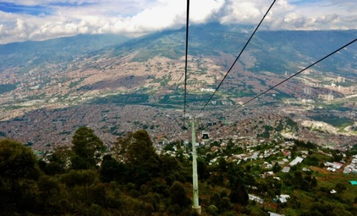 TRAVELING TO MEDELLIN, COLOMBIA GUIDE