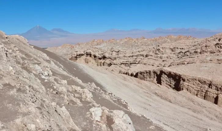 moon valley atacama desert 11