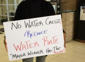 State won't bend on end to water credits, Weaver says, adding tap water still not safe