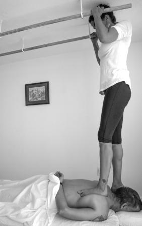 Ashiatsu Padaghata Massage with feet1