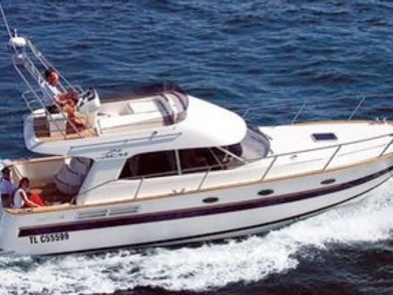 Small Yacht Charter ACM 38 Motor Boat Rentals Sailing Boat Charters Catamaran Rentals Yacht