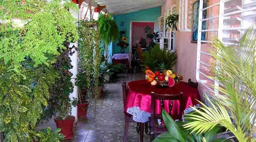 Valladares House