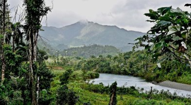 Tour a Cuba Baracoa. toa river