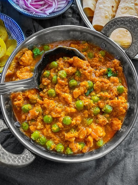 Chicken Keema Matar Recipe - Indian Chicken Mince Curry ...