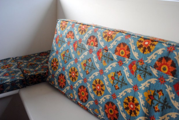 DIY Bench seat cushion covers