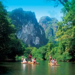 Bamboo Rafting nel Parco Nazionale di Khao Sok con Easy Day Khao Lak