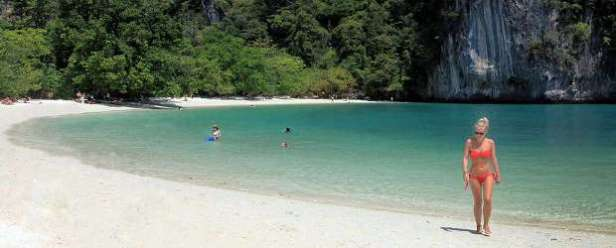 Hong Island Tour - Beach at Hong Island