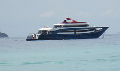 Ferry from Phuket to Phi Phi with Royal Jet Cruise 9