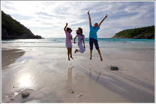 Racha Island - Bungalow Bay Paradise