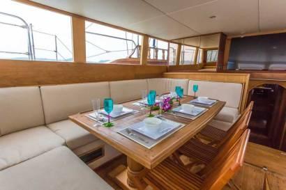 Private Phuket Island Cruises - MS Illuzion Salon