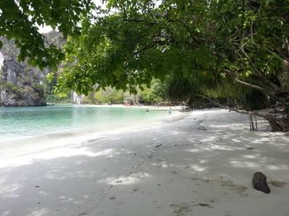Koh Hong Island Beach