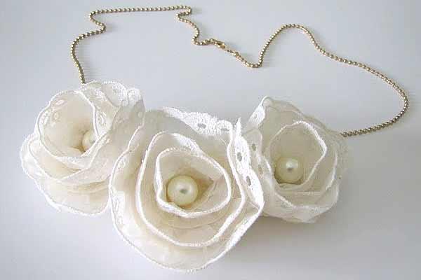 Cute flower necklace ideas