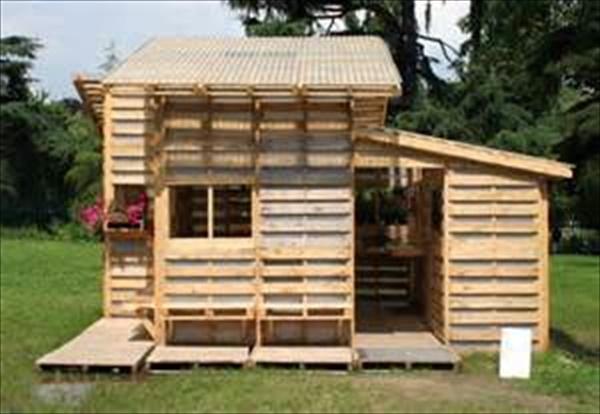 DIY Pallet house projec