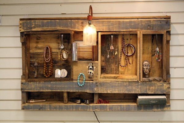 DIY pallet shelves5