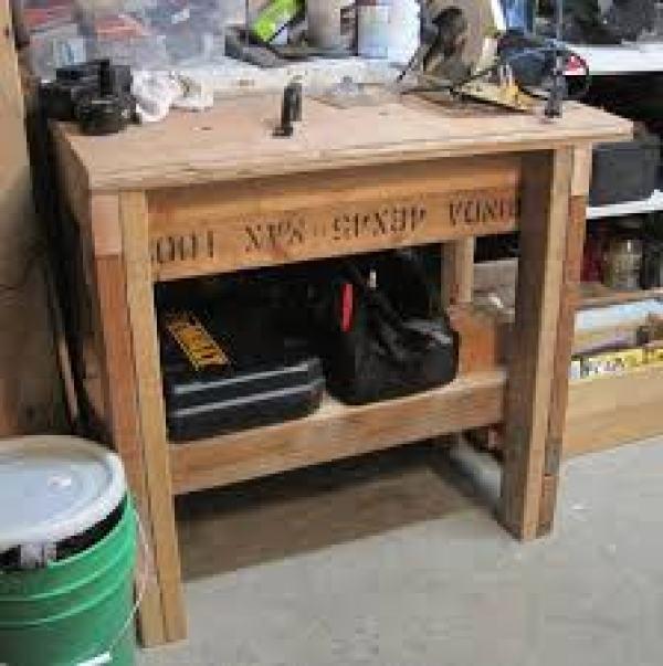 DIY Pallet workbench