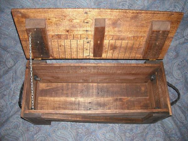 Pallet tool box6