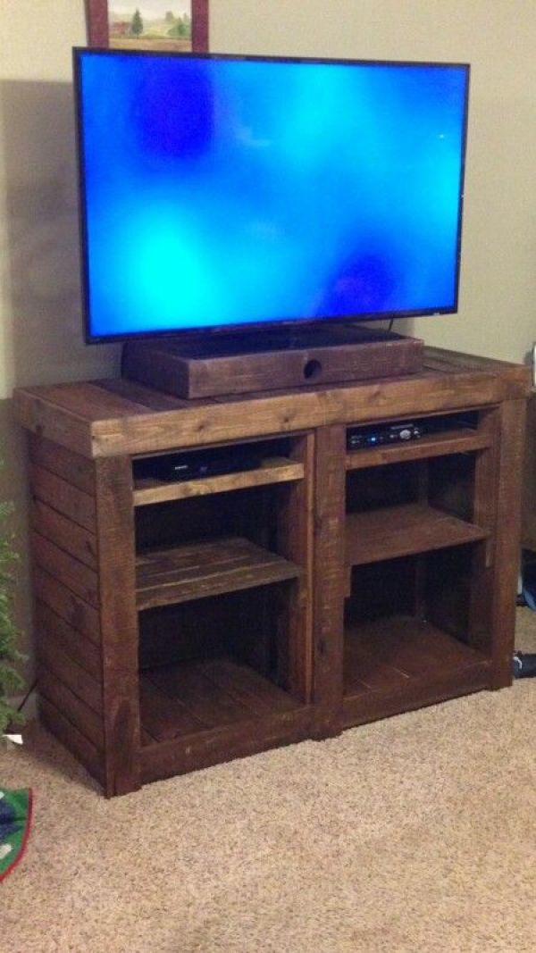 BUILD YOUR OWN MEDIA STAND