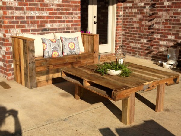 patio furniture out of pallets