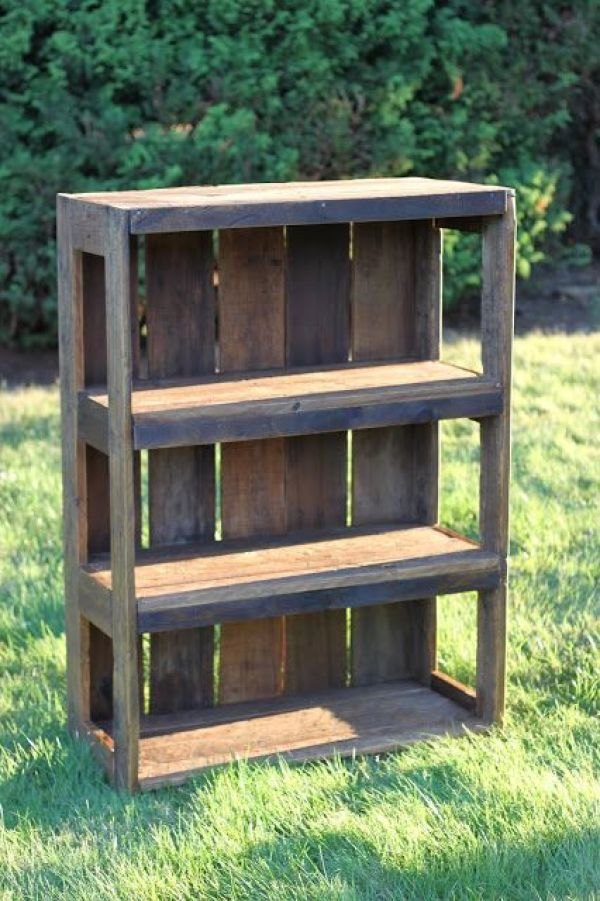 reuse wooden pallets