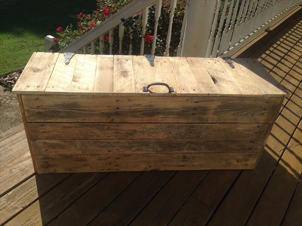 easy pallet storage trunk