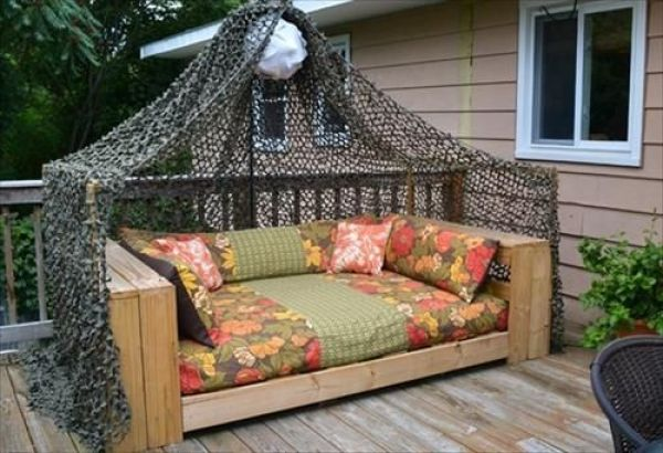 awesome diy pallet daybed5