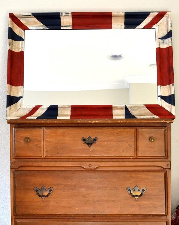 DIY Wooden British Table