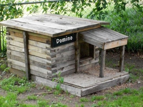 DIY Rustic Dog House Ideas