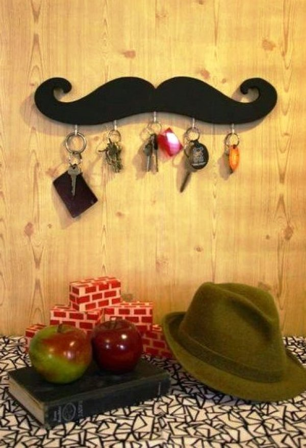DIY Mustache Key Holder