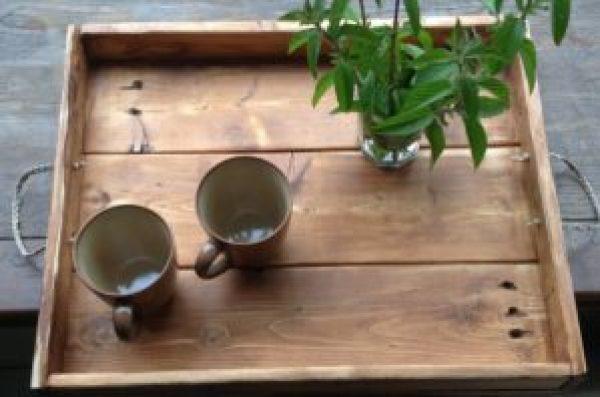 DIY Pallet Tray