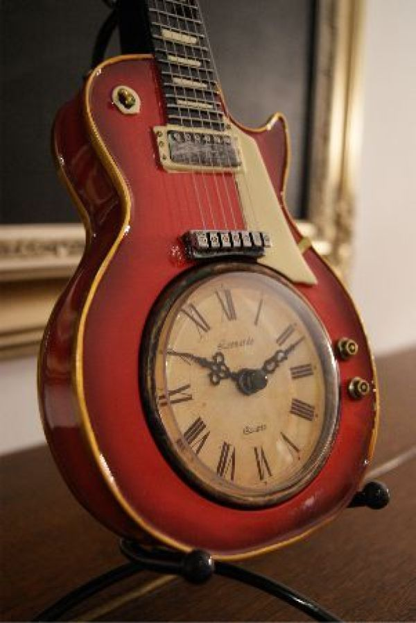 Recycling Old Guitar Diy Ideas Easy Diy And Crafts