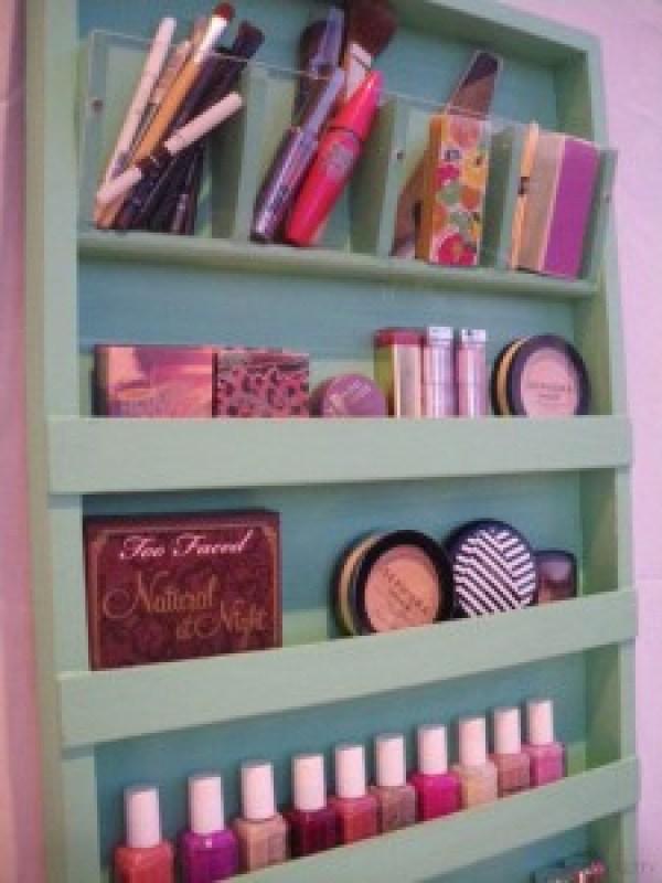 DIY Make Up Organize