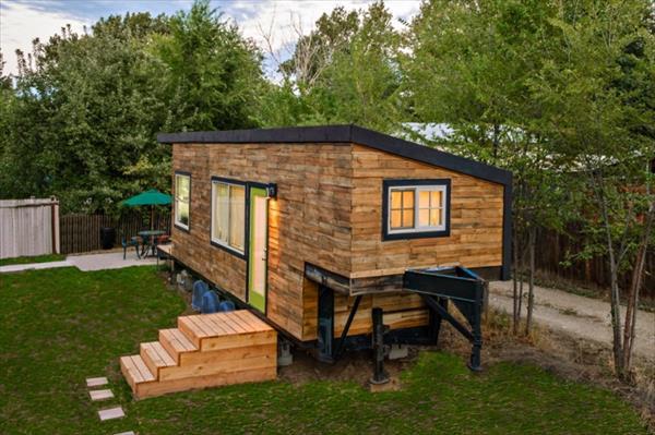 DIY Little Wooden House